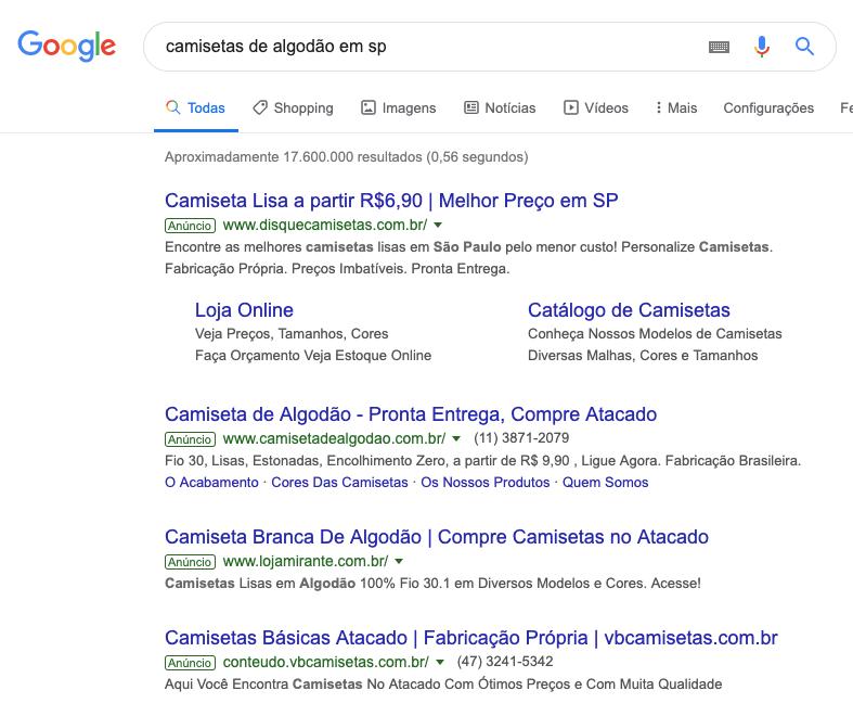Página de resultados do Google com anúncios de links patrocinados PPC