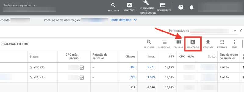"""Opção """"Relatórios"""" acima da tabela de métricas no Google Ads"""